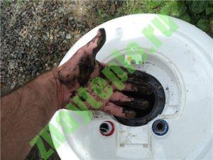 Почему вода из водонагревателя пахнет сероводородом?